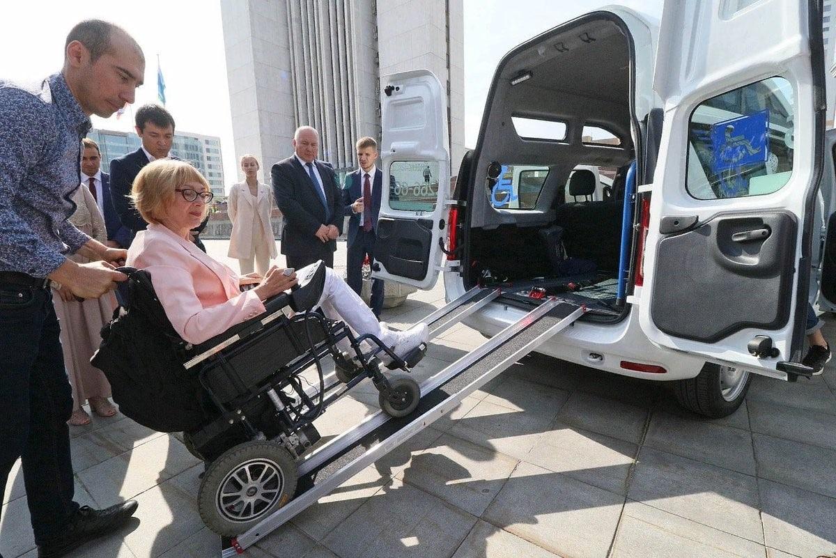 Перевозка маломобильной части населения и инвалидов 3
